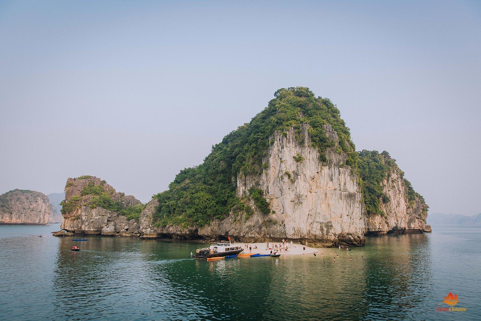 Plage dans la Baie de Lan Ha