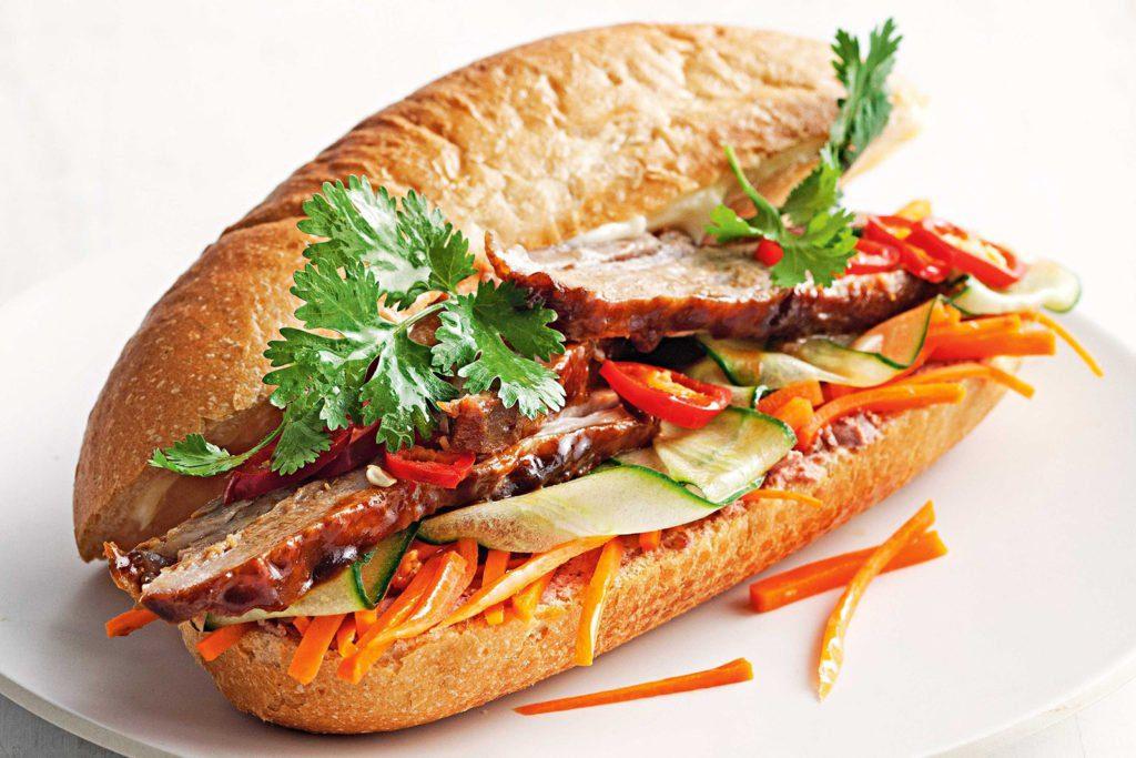 Banh mi, fameux sandwich vietnamien, est originaire du Sud Vietnam