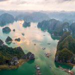 Baie de Lan Ha vue du ciel, Baie d'Halong, Vietnam